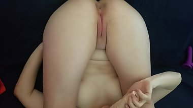Teen masturbating after class