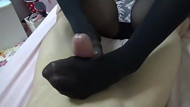 Japanese footjob with huge cumshot