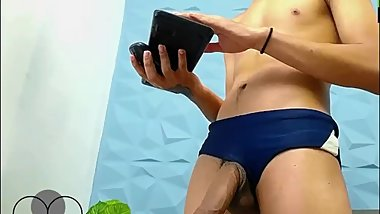 Hot twink's jerking live on Cruisingcams com