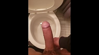 Teen Cums in washroom before school