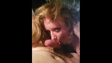 White whore sucks big cock