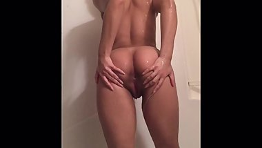Ebony Teen Has Fun in Shower (Shaving + Masturbation)