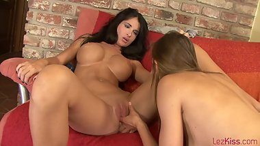 LezKiss.E07.Nessa.And.Eufrat.XXX.1080p.WMV-KTR[rarbg].wmv 3.10 GB