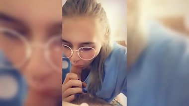 Snapchat Teen giving amazing head