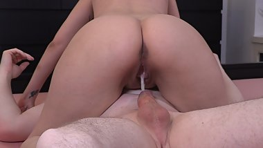 MY TIGHT PUSSY MADE HIM CUM DEEP INSIDE OF ME (DRIPPING CREAMPIE)