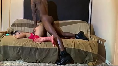 Amatuer couple gets nasty on cam.
