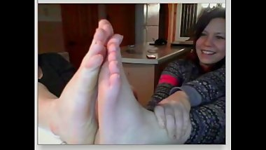 chatroulette girls feet 235