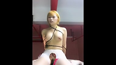 Chinese Blonde Camgirl Risky Dildo Riding & Squirting Orgasm At Parking Lot