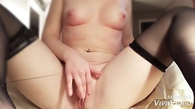 Rubbing my clit in stockings - Kandy Kake